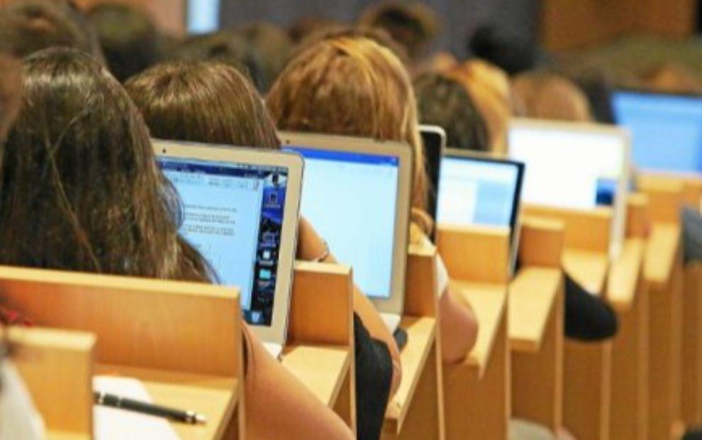 Covid-19 : l'enseignement supérieur se prépare à accueillir les nouveaux bacheliers